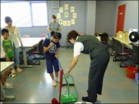 2013.8月キッズお掃除教室写真_9891_image013.jpg